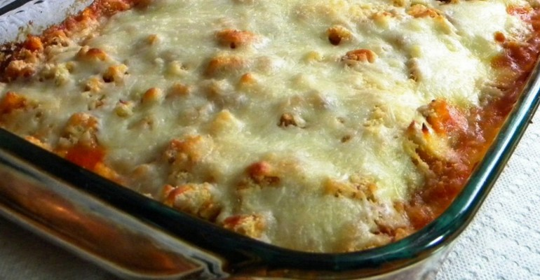 Easy Chicken Parmigiana Casserole