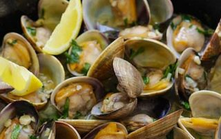 garlic butter sauted clams