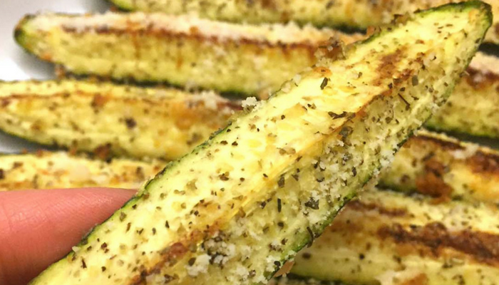 parmesan garlic zucchini fries
